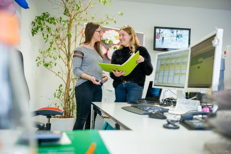 Appreticeship_E-Commerce_Associate_Interview with apprentices