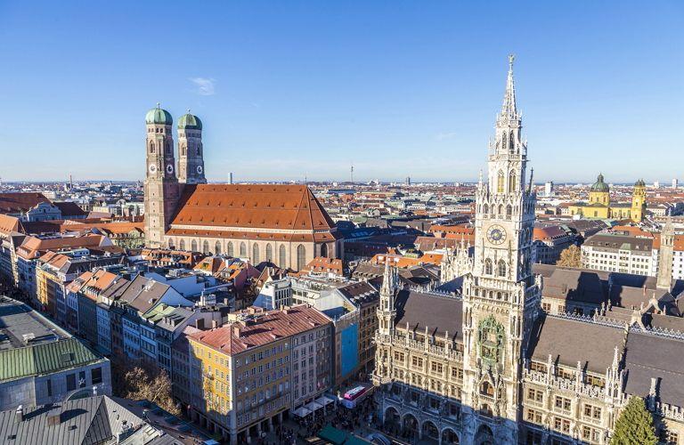 Lebenswertes München_Blick vom Alten Peter_GettyImages-465696028